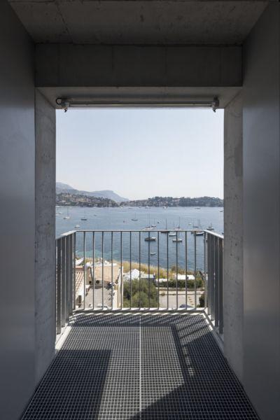 arquitectura_y_empresa_cab-architectes_institut de la mer_corredor