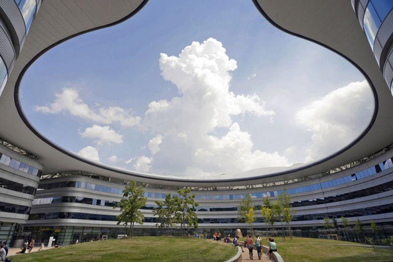 vista del interior del claustro circular.