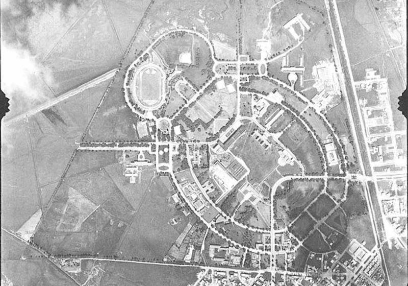 Fotografía histórica de la vista aérea del campus de la Universidad Nacional de Colombia