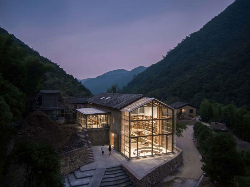 arquitectura_y_empresa_Capsule Hotel_conjunto lugar