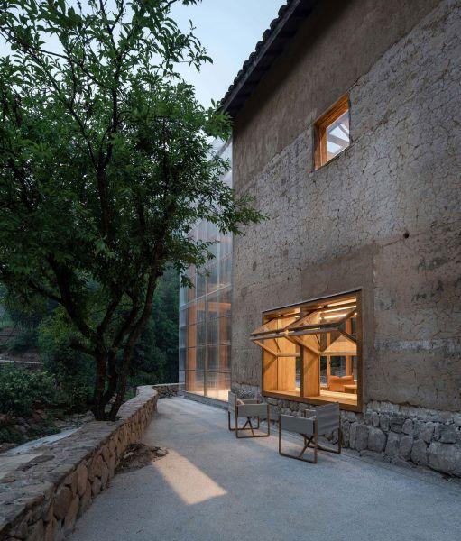 arquitectura_y_empresa_Capsule Hotel_fachada det
