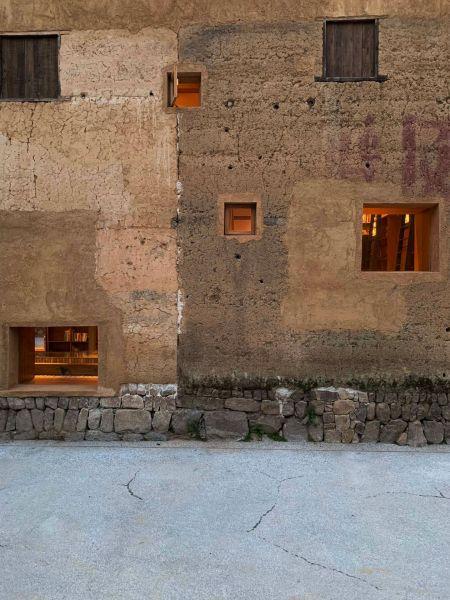 arquitectura_y_empresa_Capsule Hotel_ventanas
