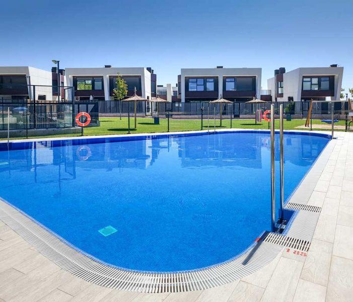 arquitectura y empresa carrillo arquitectos e-domus vista piscina