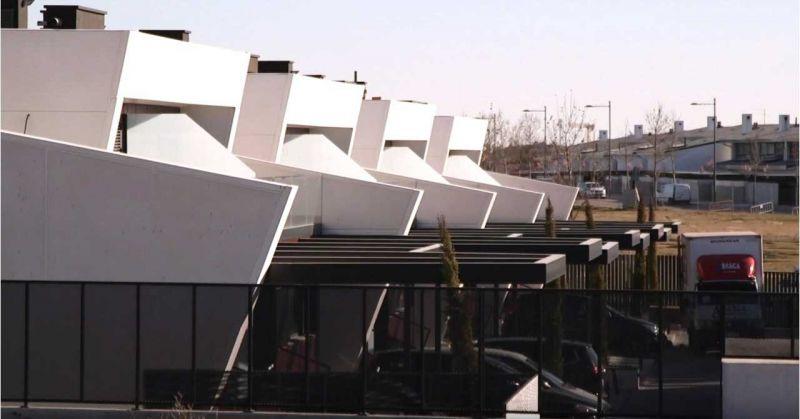 arquitectura y empresa carrillo arquitectos e-domus vista en serie