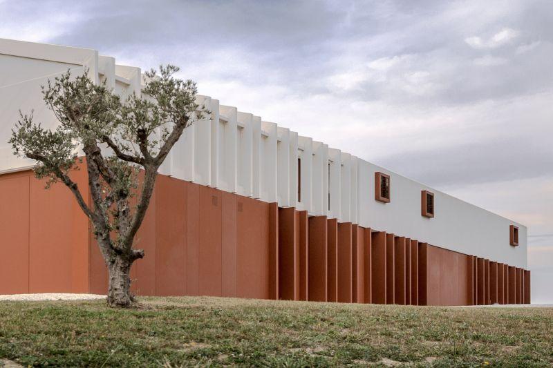 arquitectura_y_empresa_casa di confine_extremo_fachada