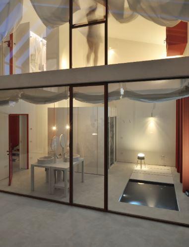 arquitectura_y_empresa_casa di confine_extremo_fachada patio