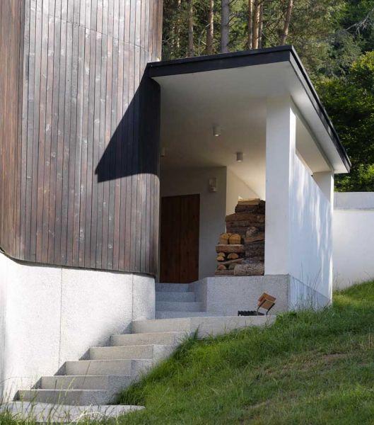 Casa en el  lago de Batak - zona curva exterior