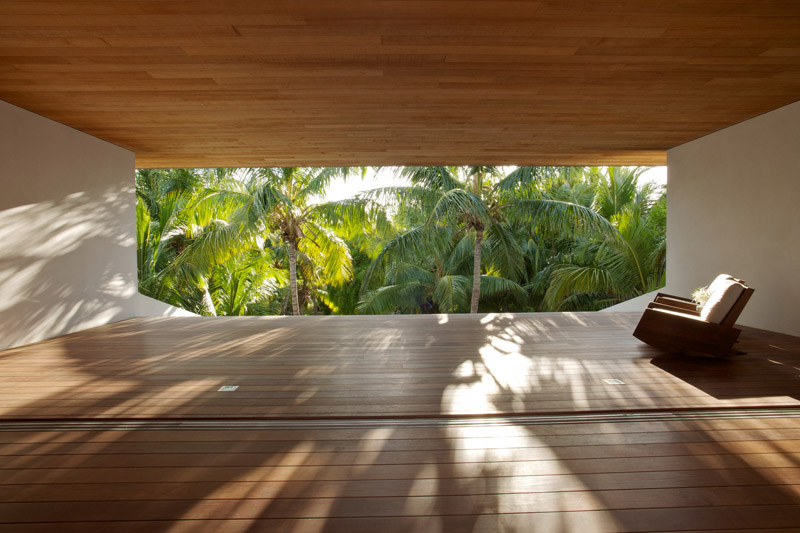 vistas al jarc¡din desde dentro de la Casa en las dunas_ bahamas