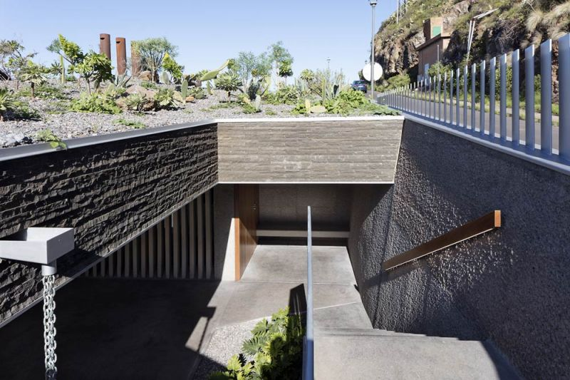 arquitectura casa mama equipo olivares vista exterior patio ingles