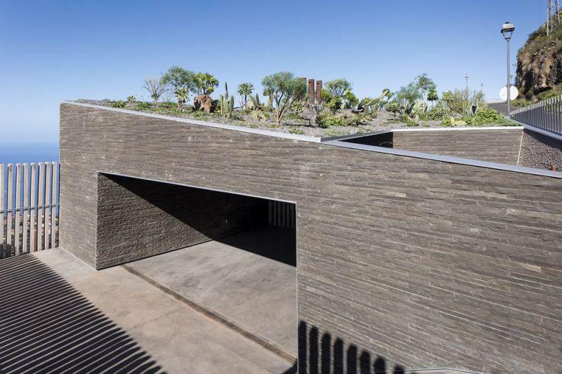 arquitectura casa mama equipo olivares vista exterior acceso trasero