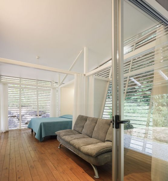 arquitectura y empresa_casa sin huella_dormitorio4