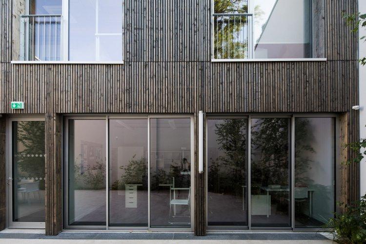 arquitectura_y_empresa_CAUE_fachada int det