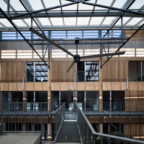 arquitectura_y_empresa_CAUE_pasarela-corredor
