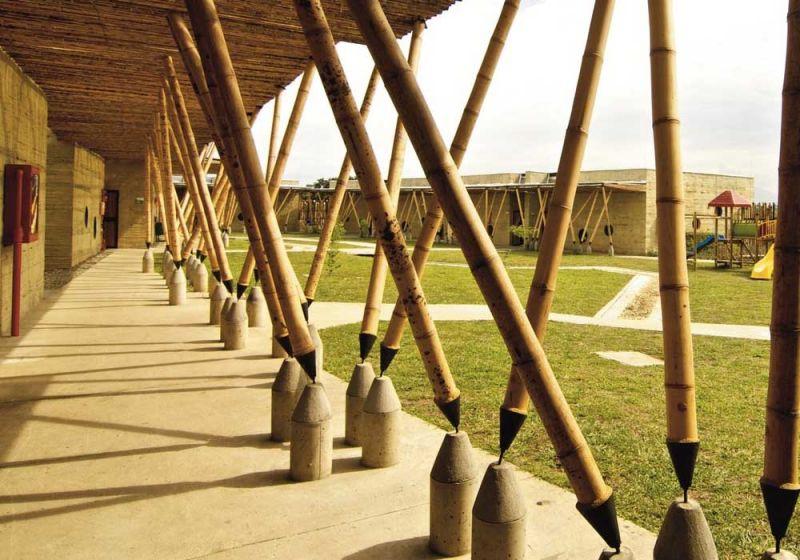 Centro de Desarrollo Infantil El Guadual. Pérgolas y estructura.
