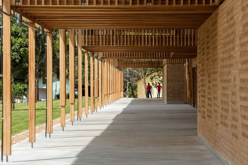 arquitectura y empresa_children village_corredor