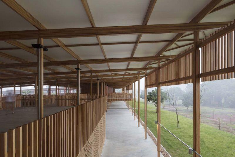 arquitectura y empresa_children village_cubierta