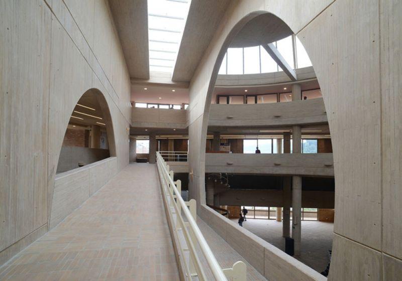 Circulación del Centro Cultural Universitario Rogelio Salmona