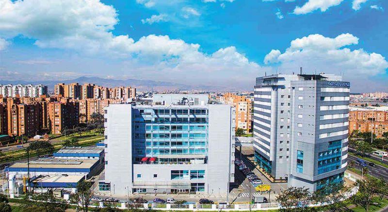Fotografía Clínica Colsanitas. Claro ejemplo de arquitectura hospitalaria regida por parámetros.
