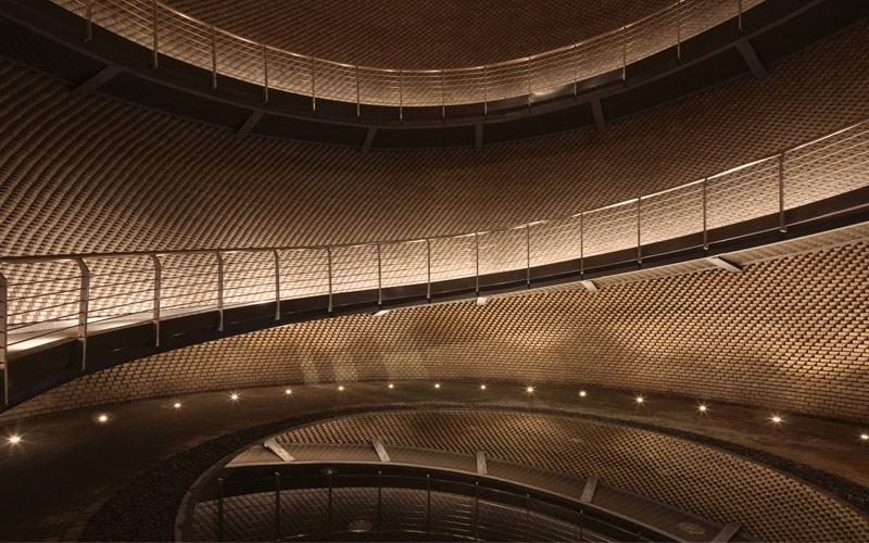 Arquitectura y Empresa, DCA, Langjiu Group, almacén de licor, China, Li Zhou ARCH-EXIST, Xiaoguang Lin, Kai Wang, Erlang Town, Liquor Storehouse, ladrillo, cerámica, arquitectura sensorial