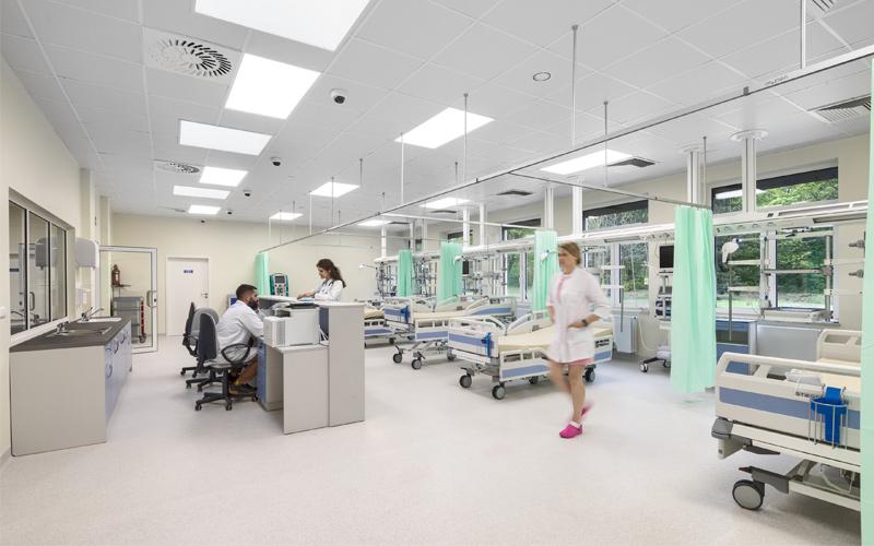 Arquitectura y Empresa, Ecophon Saint-Gobain, acústica, aislamiento, materiales construcción, interiores, interiorismo, hospital, centro médico, ruido