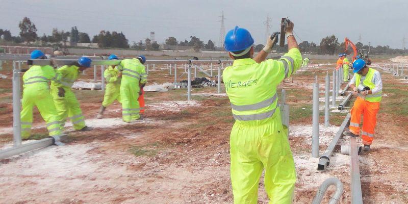 ARQUITECTURA energés panel fotovoltaico equipo obra