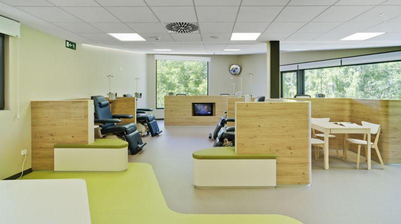 arquitectura de maternidades Hospital de Día Oncológico de Aranda de Duero fotografia interior
