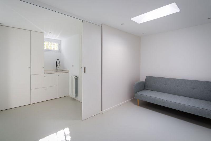 estudio andrada arquitectos vivienda unifamiliar en aravaca lavadero puerta corredera