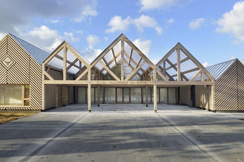 arquitectura_y_empresa_escuela materna_pavimento patio