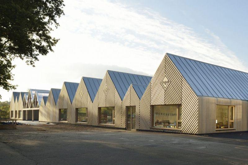 arquitectura_y_empresa_escuela materna_fachada escorzo