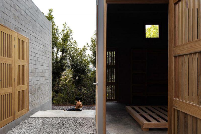 Patio/circulación y habitación interior Casa Rosario