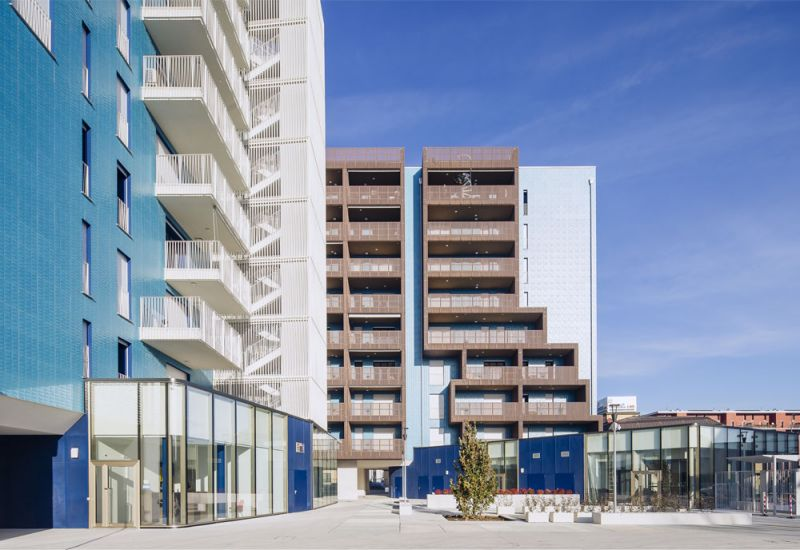 Living in the Blue Housing situado en Milán, Italia