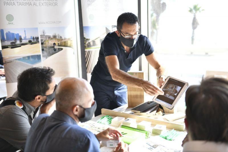 FORO Contract Valencia Arquitectura y Empresa La Ferradura accoya
