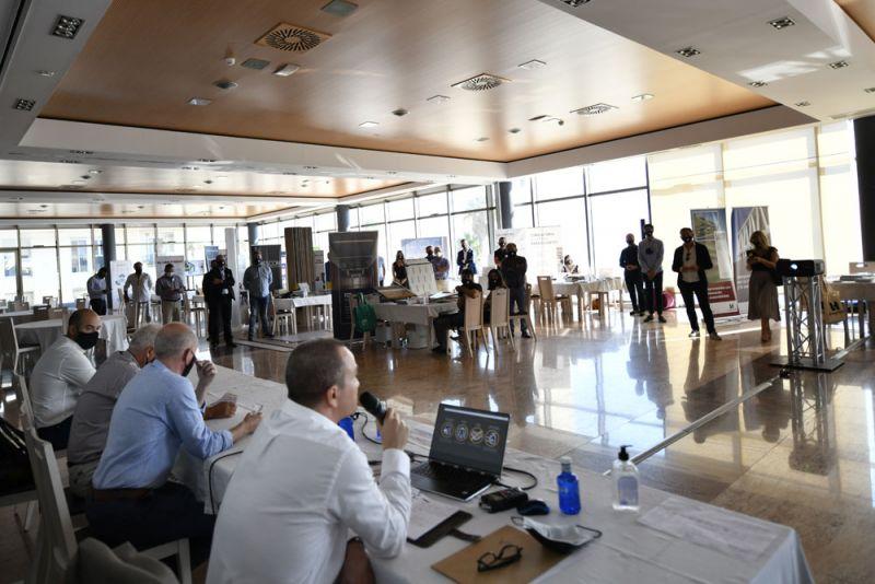 FORO Contract Valencia Arquitectura y Empresa La Ferradura presentacion