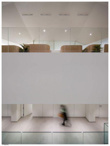arquitectura PMMT Arquitectura Manillas de autor FSB Instituto Marqués fotografia interior doble altura