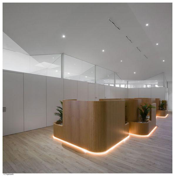 arquitectura PMMT Arquitectura Manillas de autor FSB Instituto Marqués fotografia interior  boxes