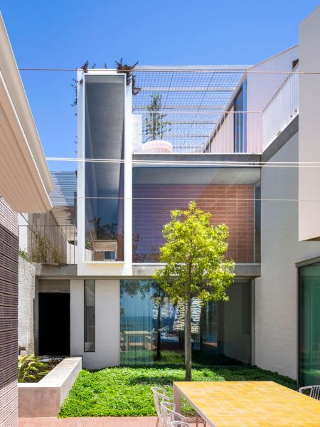 arquitectura_y_empresa_GB House_patio