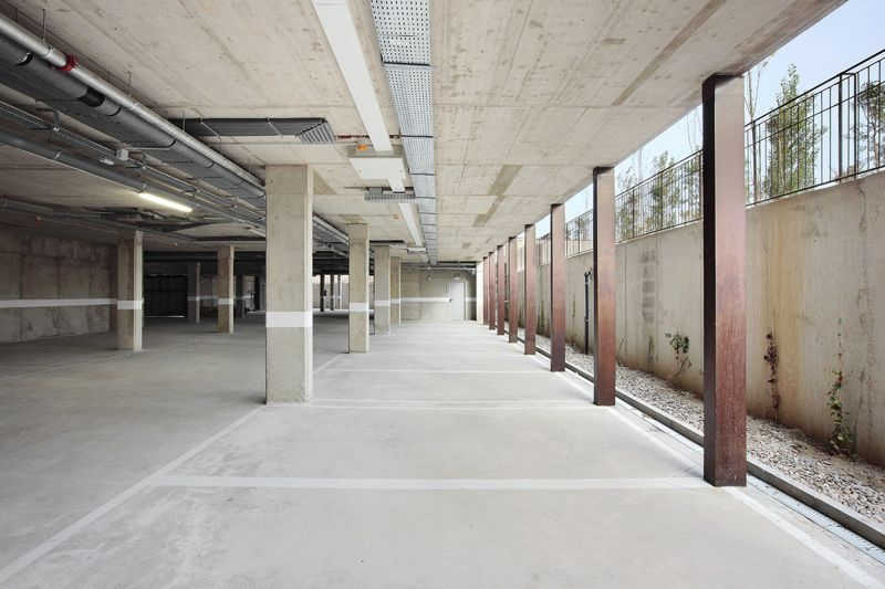 80 viviendas VPO Toni Gironès - Aparcamiento abierto