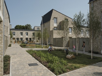 arquitectura_y_empresa_Goldmith Street_jardín 3