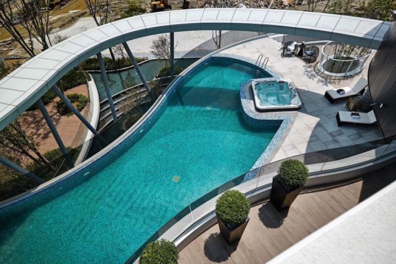 arquitectura_y_empresa_Green Places Community Clubhouse_piscina