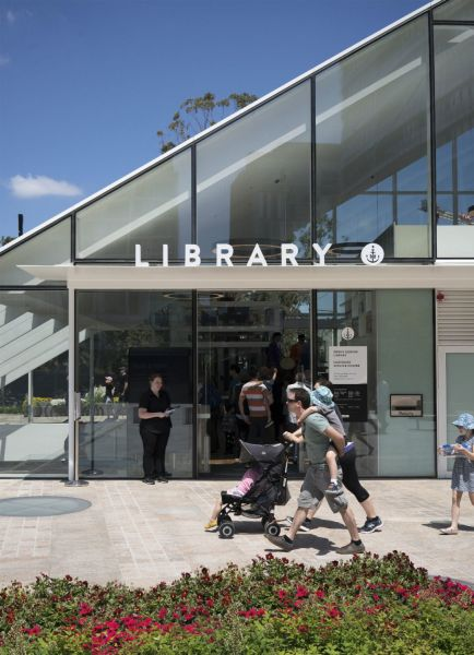 arquitectura_y_empresa_GreenSquareLibrary_acceso