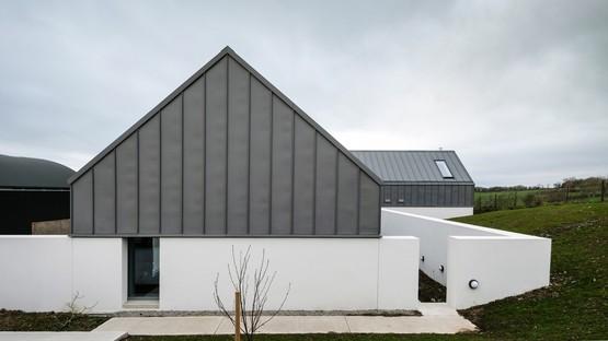 arquitectura_y_empresa_house-lessans_ventana corredor