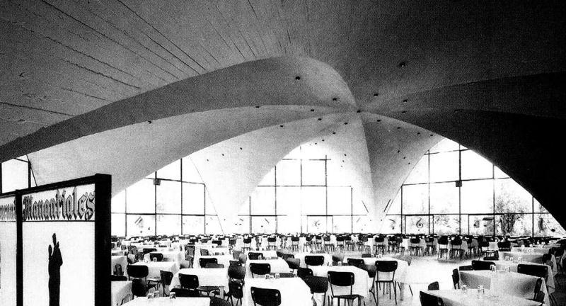 arquitectura_y_empresa_interior_Restaurante_Los_Manantiales