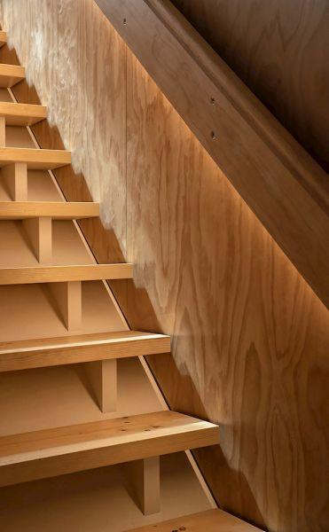 arquitectura_y_empresa_Kowhai House_escalera