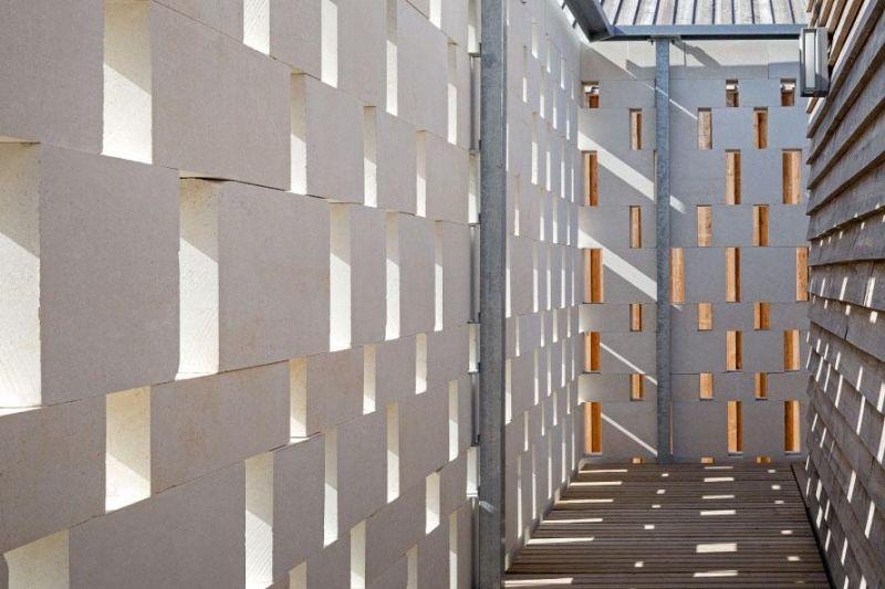 arquitectura_y_empresa_Labyrinth Park_fachada det 2