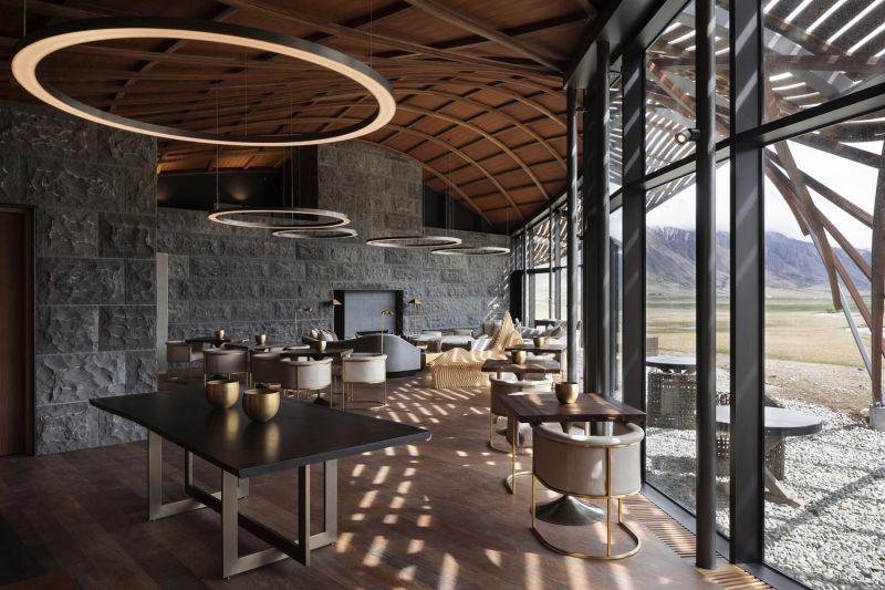 arquitectura_y_empresa_Lindis_Lodge_comedor