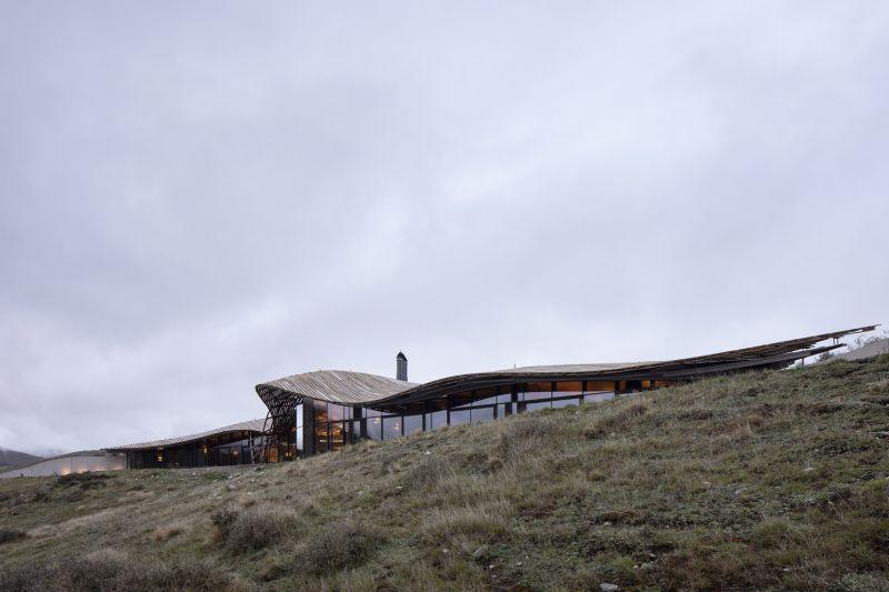 arquitectura_y_empresa_Lindis_Lodge_fachada