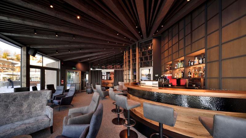 arquitectura y empresa_Loox Lounge Bar_acabados