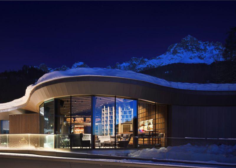 arquitectura y empresa_Loox Lounge Bar_cerramiento vidrio