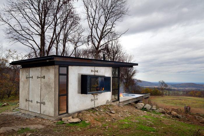 arquitectura_y_empresa_lost whiskey cabina_ventana baño