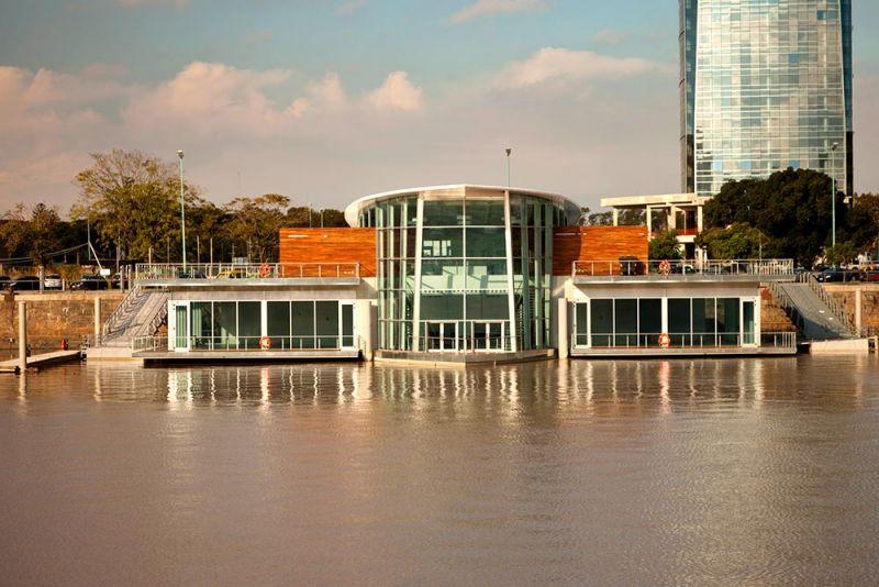 arquitectura fachada desde el agua madero walk